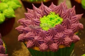 vanilla cupcakes flower